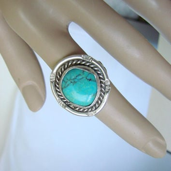 Vintage Sterling Turquoise Southwestern Ring * Artisan * Native American * Size 6.75 * 6.1 Grams * Hand Wrought * Jewelry * Jewellery
