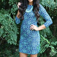 This funky print dress is perfect for everyday wear! Our ''The Lakeside Drive'' Dress is a long sleeve crew neck form fitting dress. Style this look up or down with the right accessories! True to size, unlined.