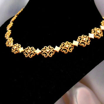 On Sale Vintage Avon Necklace Gold Scroll Precious Pretender Collection