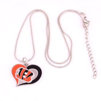 New styles swirl heart shaped enamel single-sided Cincinnati Bengals Hockey team Logo charms with snake chain sport Necklace