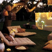 Outdoor Spaces /    - :   �