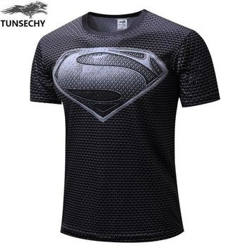 DCCKFS2 NEW TUNSECHY 2017 Marvel Captain America 2 Gray superman Super Hero T shirt Men fitness clothing short sleeves XS-4XL