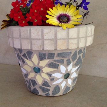 Mosaic flower pot, outdoor planter, gardener gift, patio decor, garden planter, garden art, outdoor gifts, summer decor, handmade planters