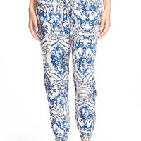 Junior Women's The Hanger Print Woven Jogger Pants,