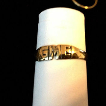 solid 14k Gold hand carved name ( initial ) ring (made to order )personilized yellow gold