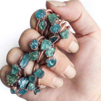 Rough apatite ring | Blue apatite ring | Large neon apatite ring | Blue apatite jewelry | Raw apatite jewellery | Raw stone ring