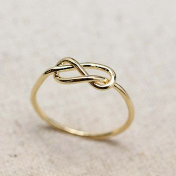 Love Infinity Knot Ring in Gold
