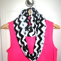 Womens Black and White Chevron Infinity Scarf , Circle Scarf, Jersey Knit Scarf , Trendy Fashion Scarves