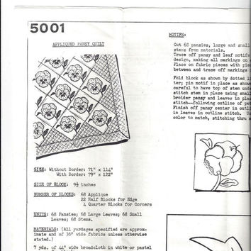 1977 Mail Order Pattern 5001 Pattern for Appliqued Pansy Quilt by Anne Cabot's, Vintage Pattern, Quilt Making Pattern, 1977 Quilt Pattrn