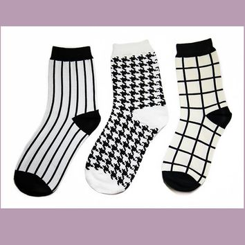 Black and White Classic Socks