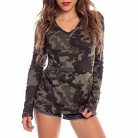 GREEN ARMY PRINT LONG SLEEVE V NECK BASIC TOP