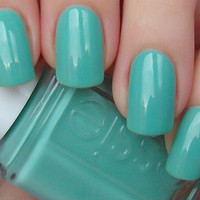 New! ESSIE ♥ TURQUOISE AND CAICOS ♥ Beautiful Nail Polish~ RESORT COLLECTION!