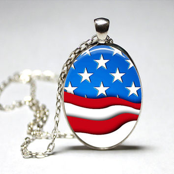 American Flag Oval Glass pendant Necklace. Handmade 18x25mm Oval Jewelry 4th of july jewelry