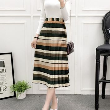 Streetstyle  Casual Elastic Waist Striped Pleated Maxi Skirt