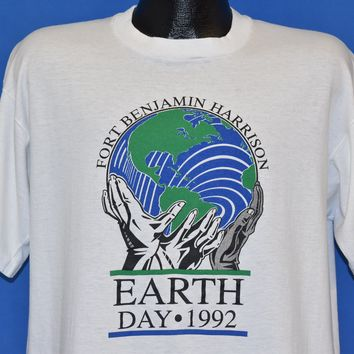 90s Fort Benjamin Harrison Earth Day 1992 t-shirt Extra Large