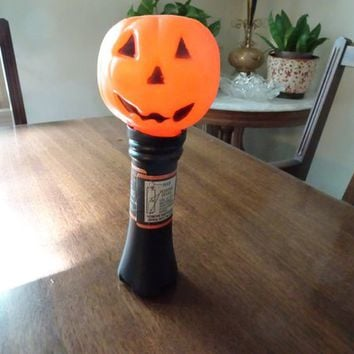Halloween Light, Blinky Light, Vintage Blow Mold, Pumpkin Flashlight, Vintage Halloween, Made in USA, Plastic Blow Mold, Pumpkin Light