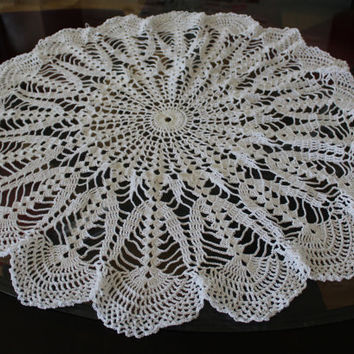Northern Lights Doily, Doilies, Table Centerpiece, Tablecloth, antimacassar, Crochet Thread, White