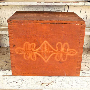 Rustic Wood Storage Box, Hinged Lid, Folk Art, Primitive Vintage, Mortise and Tenon
