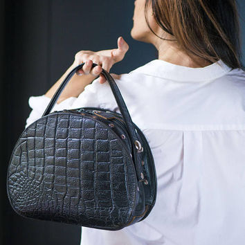 Black Studded Leather Bag Round. Vintage Sturdy Croco Pattern Leather Bag Box Large. Top handle Rock Lady Bag. 80s Fashion Bag Italy Made