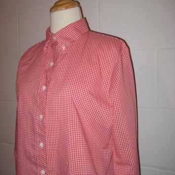 Vintage 1970s Red and White Checkered Button Down Shirt / Cowgirl Shirt / Rockabilly Shirt / Women / extra small