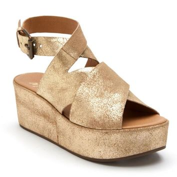 Coconuts by Matisse Runaway Gold Platform Sandal
