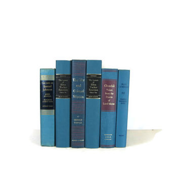 Blue Decorative Books , Blue Vintage Books , Home Decor , Old Books ,  Photo Prop , Bookshelf Decor , Table Setting , Wedding Decor
