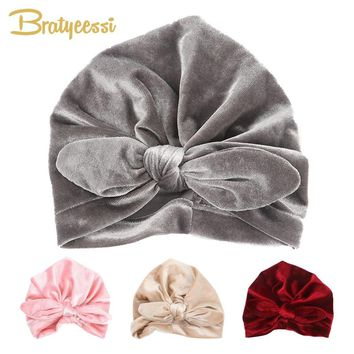 New Velvet Baby Hat for Girls Winter Baby Boy Cap Photography Props Elastic Infant Beanie Turban Hat Baby Accessories