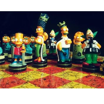 BSTFAMLY Simpson series chess set game, portable game of international chess, plastic chessboard and chess pieces, LA40