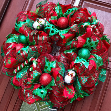 Christmas Wreath // Deco Mesh Penguin Wreath // Red Green Candy Cane