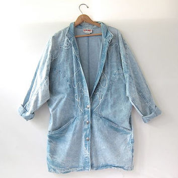 Vintage 80s slouchy acid wash jean jacket. Washed out denim coat. Long jean jacket.