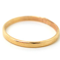 Gold Stacking Ring, 14K Gold Fill Ring, Hammered Gold Ring, Stackable Ring, Unisex Ring