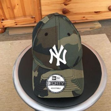 DCCK7BE New Era NY Yankees 9Forty Camo Camouflage Curve Peak Baseball Cap Hat 940