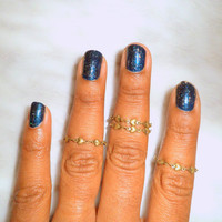 Heart Above the  Knuckle Ring, Heart Shapes Midi Ring, Slim Stackable rings, Edgysheeq statement rings for everyday Flair