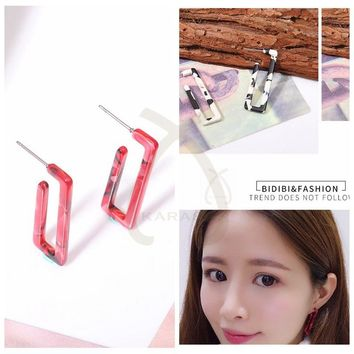 Small Simple Smilar G Shape Acrylic Acetate Acetic Acid Long Dangle Fashion New Drop Statement Earrings for Women Jewelry 2018
