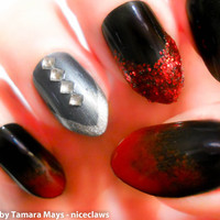 Vampy Lady Stiletto Fake Nails 3D Black and Red Ombre