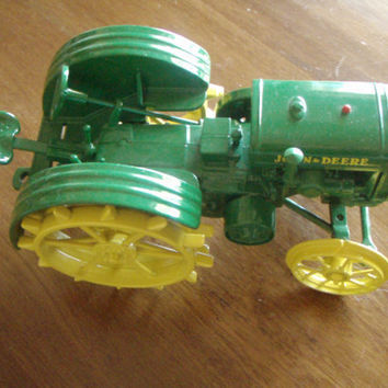 Vintage John Deere Tractor Collectible Toy Green Die Cast Metal