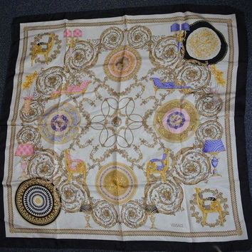 VONEIR6 Versace pure silk scarf 34 x 34' very good condition