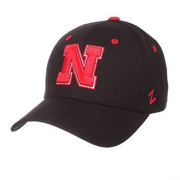 Licensed Nebraska Cornhuskers NCAA DH Size 6 7/8 Fitted Hat Cap by Zephyr 629260 KO_19_1