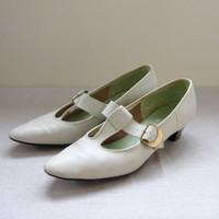 60s Ivory T Strap Pumps Mary Jane Leather Granny Shoes Womens Size 7
