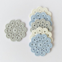 Crochet coasters, set of 6 pure cotton flower coasters in pastel colors, light blue grey eco friendly drink coasters, wedding decor