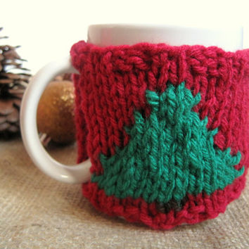 Christmas Tree Mug Cozy – Red and Green Christmas Coffee Mug Cozy – Traditional Christmas - Knitted Xmas Tree Mug Cozy  – Stocking Stuffer