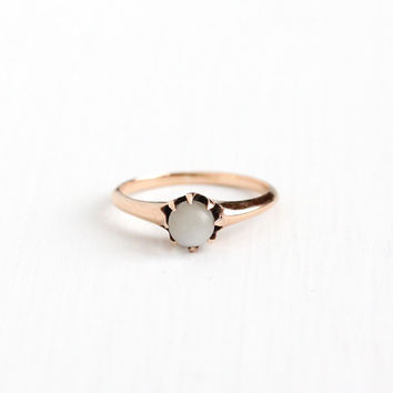 Antique 10k Rosy Yellow Gold Moonstone Ring - Vintage Size 5 3/4 Edwardian Early 1900s Solitaire Orb Gray White Gemstone Fine Jewelry