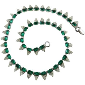 Emerald Green Crystal Glass Necklace Art Deco 1940s Rhodium Finish Vintage Jewelry NEW YEAR SALE