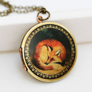 Sleepy Fox,Brass Locket, Fox,Sleep,Red,Mom,Baby,Antiqued Locket, Vintage Locket 38mm
