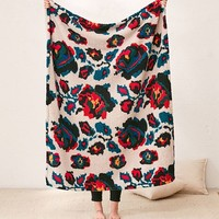 Amped Fleece Printed Throw Blanket | Urban Outfitters