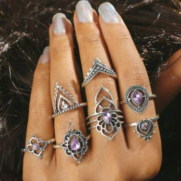 New vintage purple crystal joint ring set with female hollowed-out flower diamond ring with seven sets of sets.