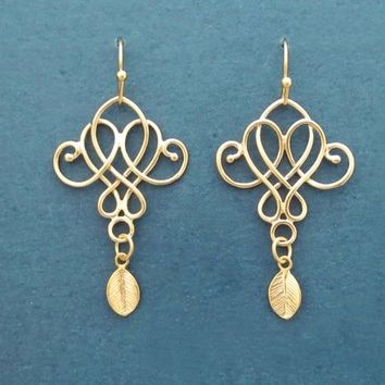 Fleur de lis, Gold, Silver, Earrings, Lily, Flower, Earrings, Birthday, Wedding, Best friends, Sister, Gift, Jewelry