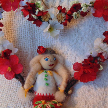Floral Heart  Swing Wall Art with Miniature Art Doll Red White