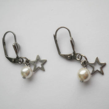Star earrings, dangle earrings, pearl earrings, surgical steel earrings, romantic jewelry, bridesmaid gift, will you be my bridesmaid