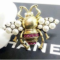 GUCCI Newest Popular Ladies Delicate Diamond Pearl Bee Brooch Ring Jewelry Accessories